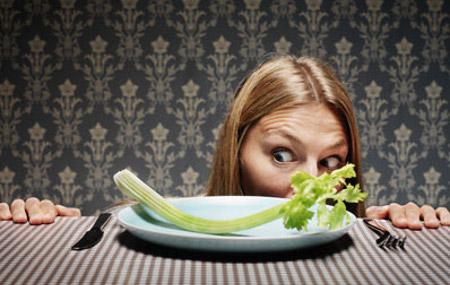 Pasar hambre no sirve para adelgazar