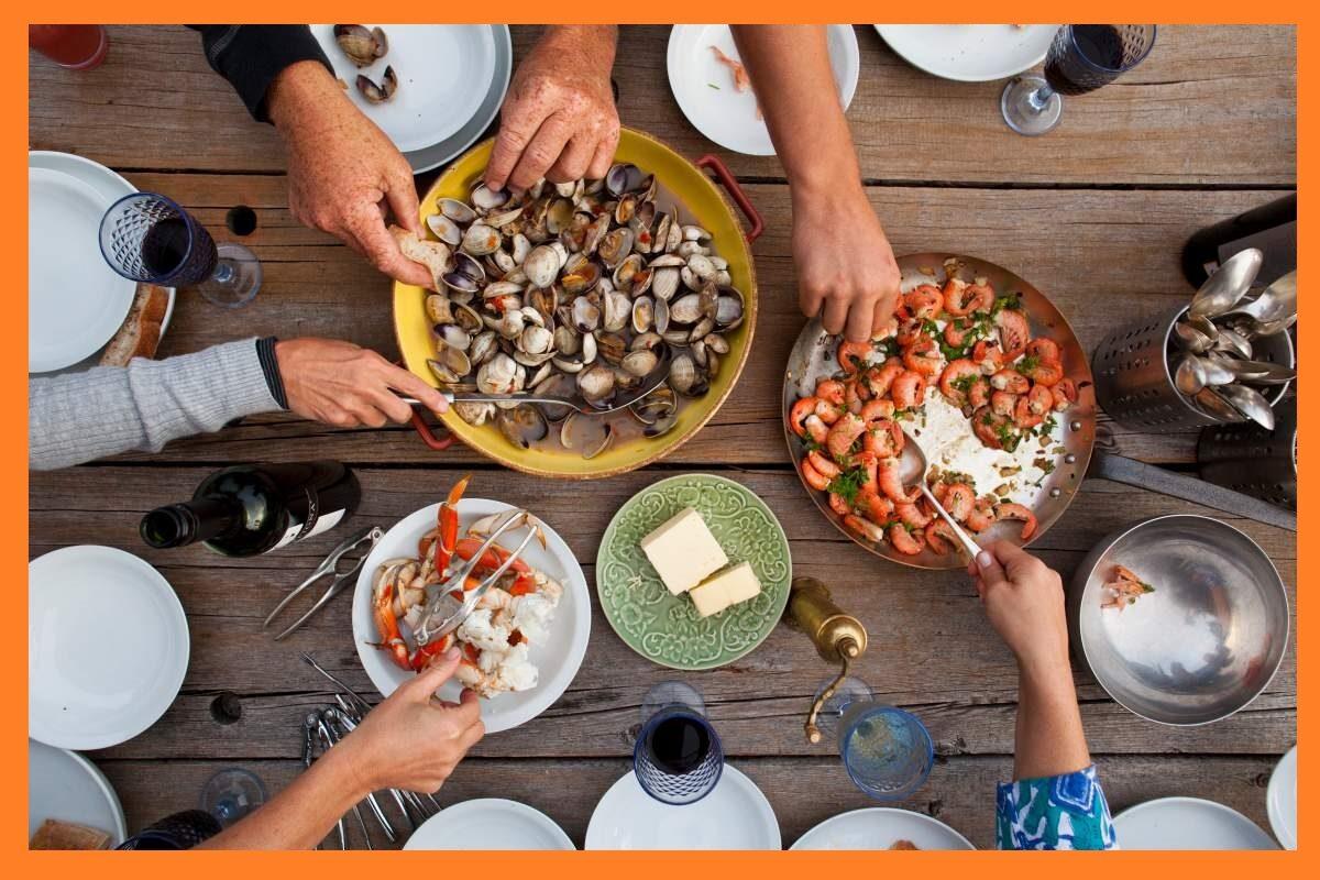 sharing-food-5323211
